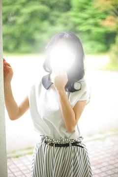 宮崎美熟女デリヘル こはる☆細身セクシィ妻